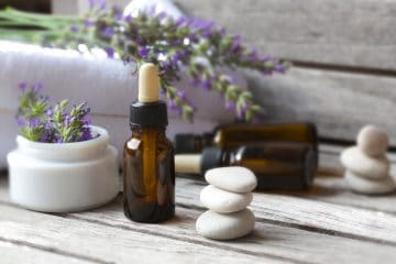 Combat Insomnia With 3 Powerful Essential Oils
