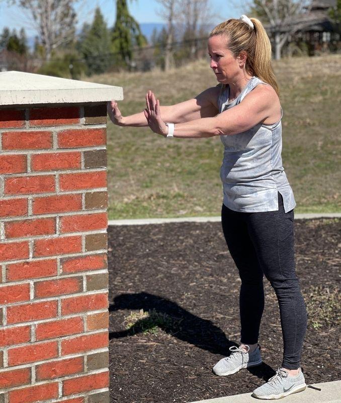 Wall Push Off Push Up 3