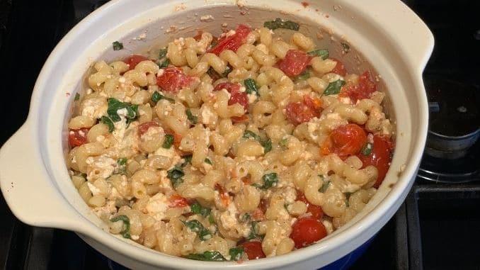 Quick and Easy Tomato Feta Pasta