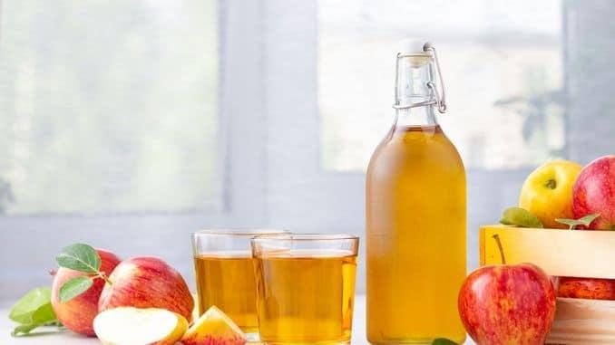 apple-cider-vinegar-juice-glass-bottle
