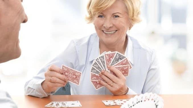 senior-couple-playing-card