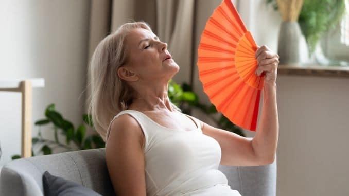 using-waving-fan